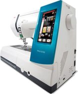 Alfa MC 9900 - Macchina da cucire e ricamo, 200 punti, 175 motivi di ricamo, schermo tattile, colore: bianco e blu